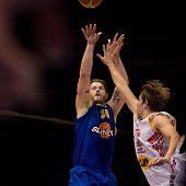 Clayton Scott Vette defended by Ondrej Kohout