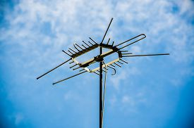 picture of antenna  - Old antenna for television - JPG