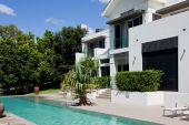 Luxury House With Infinity Pool
