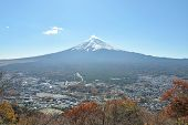 ������, ������: Mount Fuji And City In Yamanashi Japan