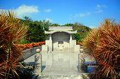 Okinawa-Grab