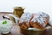 Bun Rolls Stuffed With Cottage Cheese