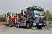 Mercedes-Benz Arocs 3263 LK 8X4 Timber Truck
