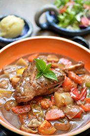 foto of lamb shanks  - Lamb shank in gravy with mix vegetable - JPG