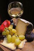Cheese, Fruits,Wine