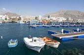 Pesca puerto de Los Cristianos. Islas Canarias Tenerife, España