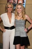 LOS ANGELES - MAY 22:  Felicity Huffman, Saxon Sharbino at the