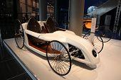 Essen nov 29: Mercedes Benz f Zelle Roadster