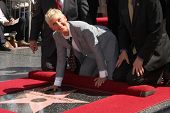 LOS ANGELES - SEP 4:  Ellen DeGeneres at the Hollywood Walk of Fame Ceremony for Ellen Degeneres at