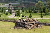 image of arjuna  - Ruins and Arjuna complex on plateau Dieng Java - JPG