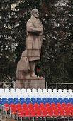 Monument Ulyanov-Lenin