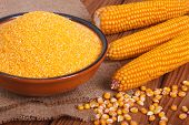 picture of corn cob close-up  - Corn groats in a bowl - JPG
