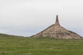 pic of western nebraska  - A rock formation that looks like a chimney in western Nebraska - JPG