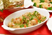 picture of scallops  - Dish of scallops and shrimp with fresh herbs - JPG