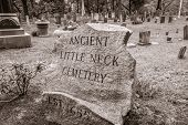 Ancient Little Neck Cemetery, Rhode Island