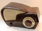 Boomerang Baby Boomer Era Tube Radio.