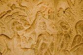 Hair pulling Hell, Angkor Wat