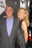 Bruce McGill and wife Gloria at the Los Angeles Premiere of 'Law Abiding Citizen'. Grauman's Chinese