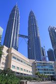 SURIA KLCC Shopping Mall and Petronas twin towers