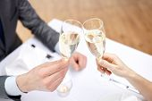 picture of champagne glasses  - restaurant - JPG