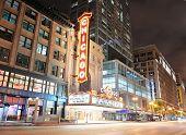 CHICAGO, IL - 6 de outubro: Interior de Chicago Theatre em 6 de outubro de 2011 em Chicago, Illinois. Construído em 1921