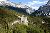 Big Bend On The Icefield Parkway,canadian Rockies,canada