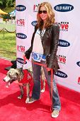 BEVERLY HILLS - APRIL 29: Jessica Biel at the Old Navy Nationwide Search for a New Canine Mascot at