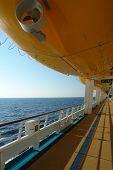 Deckwlifeboat