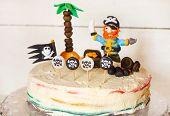 pic of pirate  - Homemade pirate rainbow cake for kid birthday - JPG