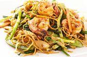 Stir-fried noodles with shrimps and vegetables