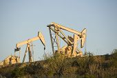 picture of nod  - Image of a pumpjack type oil pump - JPG