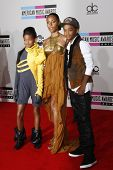 LOS ANGELES - NOV 21:  Willow Smith, Jada Pinkett Smith, Jaden Smith at the 2010 American Music Awar