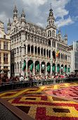 Maison Du Roi Or King House In Grand Place Of Brussels During Flower Carpet Festival