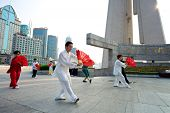 Shanghai Tai Chi With Fan