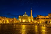Постер, плакат: Vatican At Night