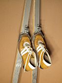 Old ski boots and skis