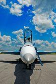 Nariz F/18