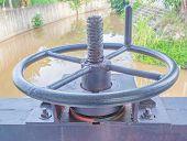 Water Gate Wheel