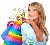 Sacos de compras de mulher casual isolados sobre um fundo branco
