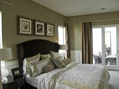 Nice bedroom with cream walls