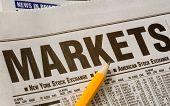 Zeitung offen für Markt Seiten Ergebnis Ergebnisse. Idee des Studiums der Märkte