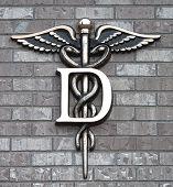 Dental Clinic Simbol