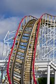 pic of raider  - thrilling roller coaster track waiting for raiders - JPG