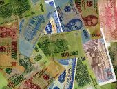 pic of dong  - Vietnam different banknotes  - JPG