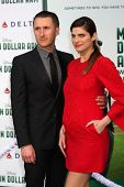 LOS ANGELES - MAY 6:  Scott Campbell, Lake Bell at the