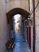 narrov street of Korcula