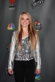 LOS ANGELES - MAY 8:  Danielle Bradbery arrives at