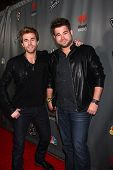 LOS ANGELES - MAY 8:  The Swon Brothers arrives at