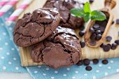 Chocolate cookies i a bowl