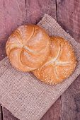 kaiser roll bread